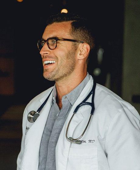 Dr.-Ryan-Greene